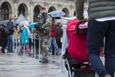 Paris Soldier Shoots Suspected Terrorist